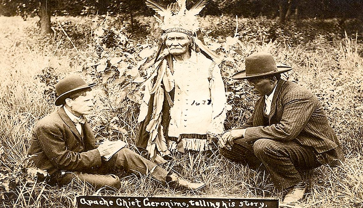Geronimo telling his life's story (1906)